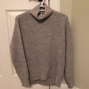 Gently worn grey knit Gap sweater